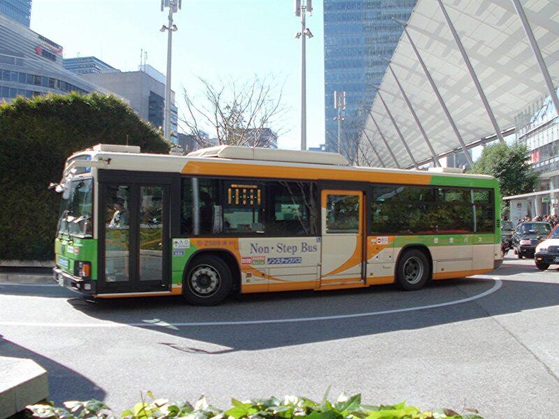 浮気調査や素行調査で対象者がバスで行動する場合