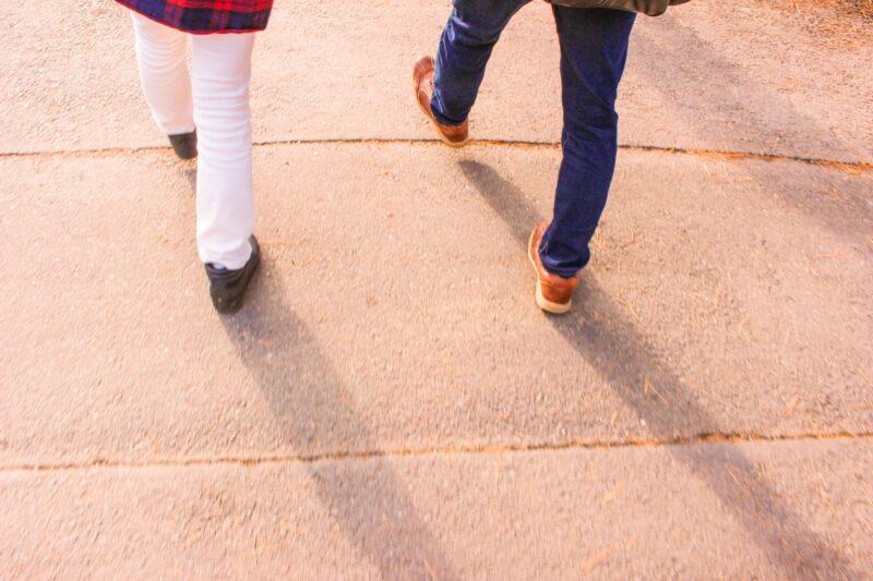 浮気調査や素行調査で対象者が徒歩で行動する場合