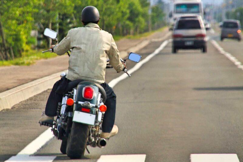 ラブ探偵事務所が二輪バイクで追跡した際の調査動画