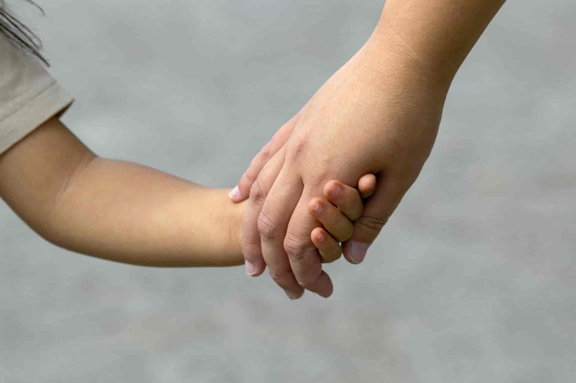 大阪北区夫に居場所知られる死亡の母子住民登録せず