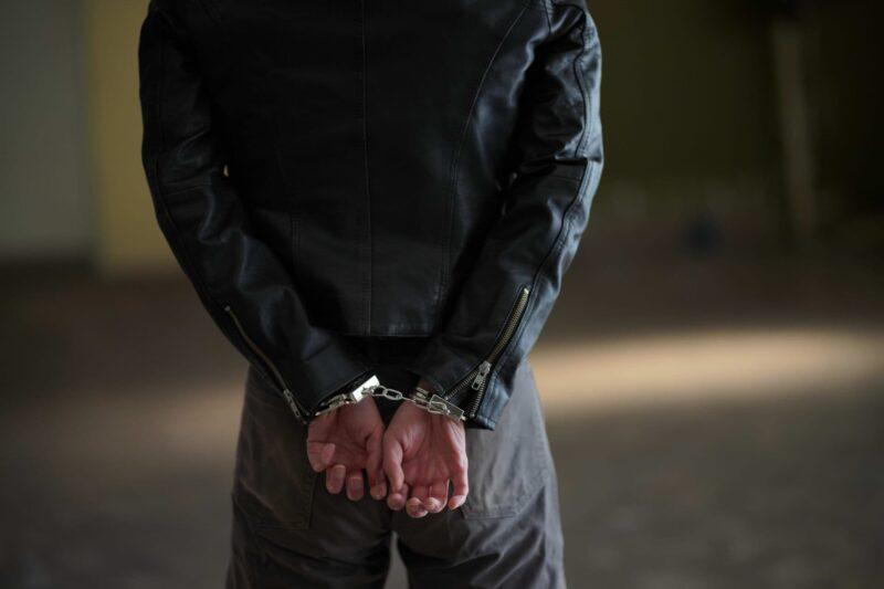 千葉県市川市の女性刺殺事件八丈島で23歳男逮捕